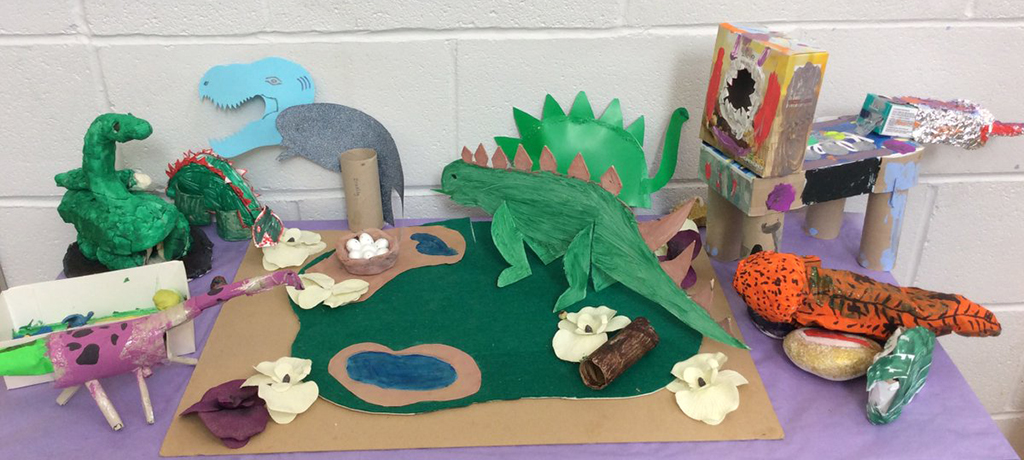 4S made dinosaurs!
